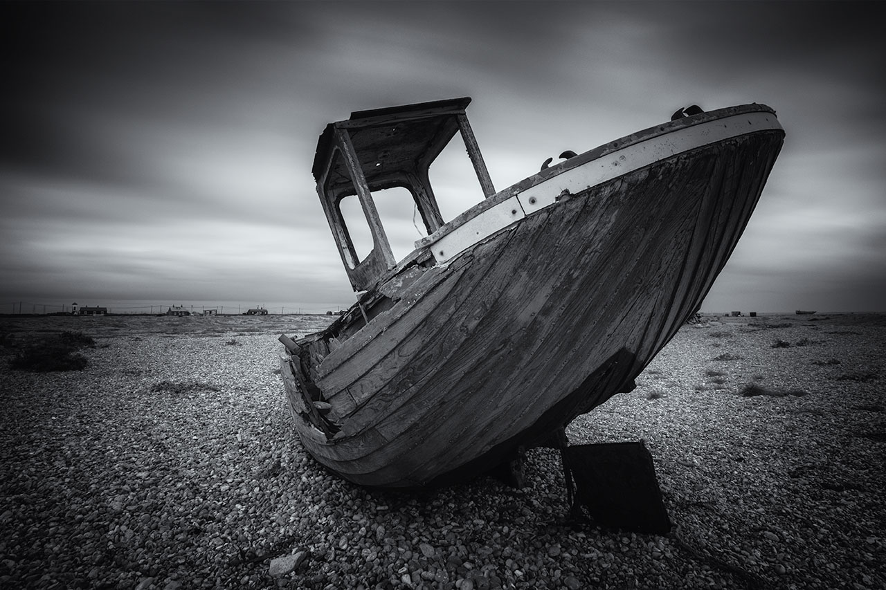 dungeness boat black white